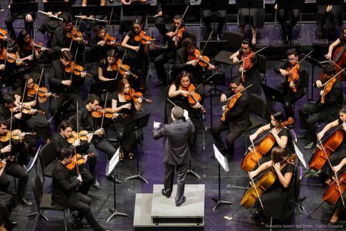 """Concierto """"gala aniversario"""" de la Orquesta Juvenil del SODRE"""