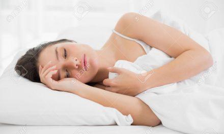 ¿Por qué las mujeres necesitan dormir más que los hombres?