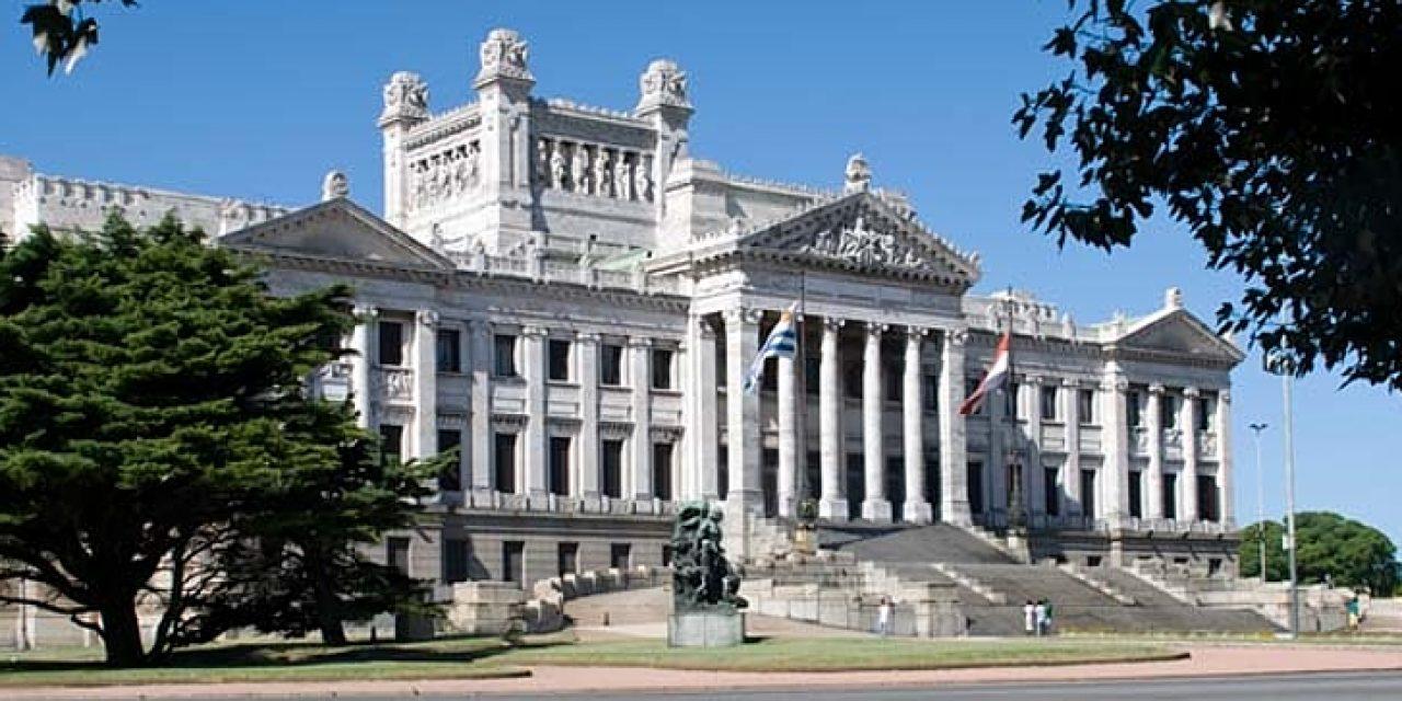 El miércoles la Asamblea General trata la renuncia de Sendic