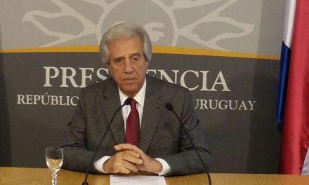 Vázquez culminó sus dos primeros años de gobierno y hará cadena de radio y TV