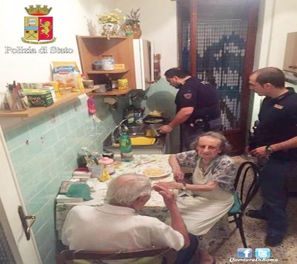 Por qué esta pareja de abuelos conmueve a toda Italia
