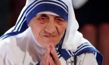 Mañana la Madre Teresa de Calculta será canonizada