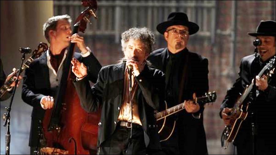 La Academia quiere que Dylan cante