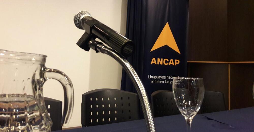 Jara respondió a Lacalle Pou que las reestructuras en ANCAP están en marcha