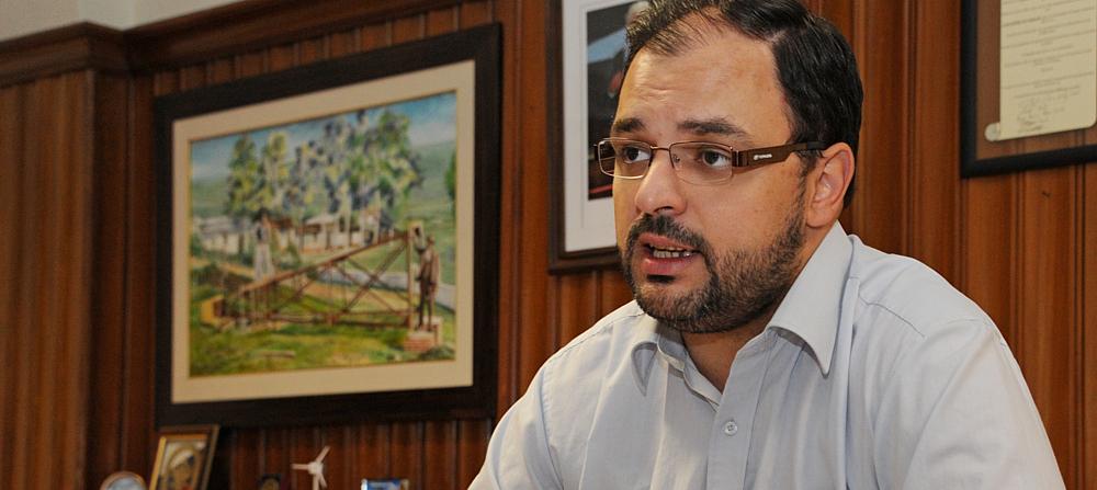 Jerarca del Ministerio del Interior se opone al proyecto de tenencia compartida