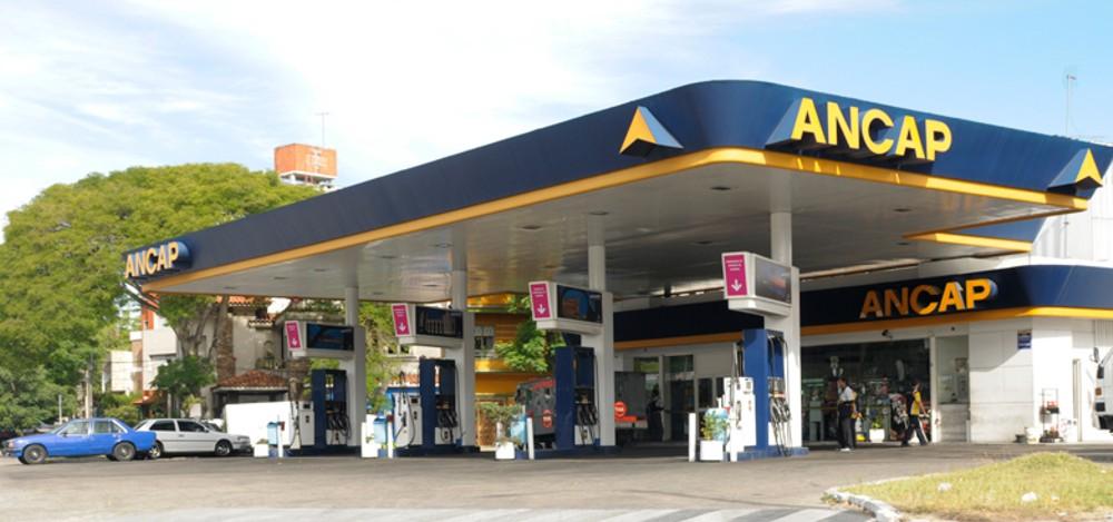 Falta de combustible por medidas gremiales se revertiría entre este lunes y el martes