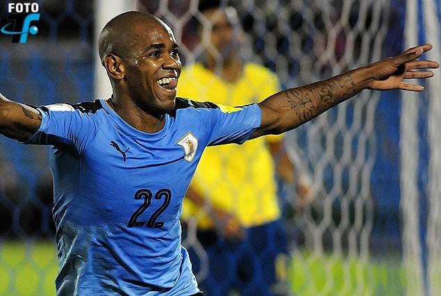 La Tabla de las Eliminatorias y todos los tweets de Uruguay