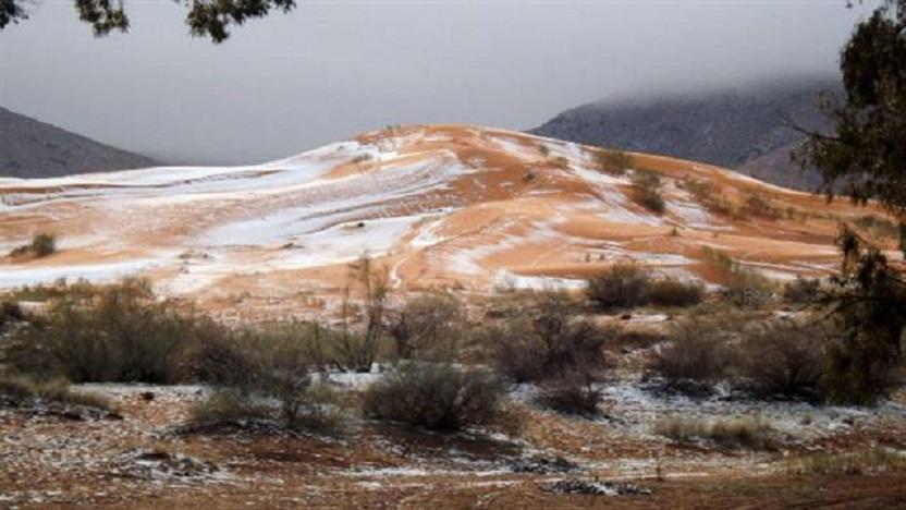 Nevó en el desierto del Sahara
