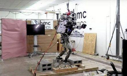 Atlas, el robot de Google que ya puede mantenerse en equilibrio