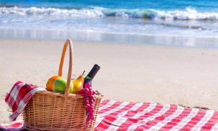 Comer en la playa: 10 consejos claves para mantener hábitos saludables