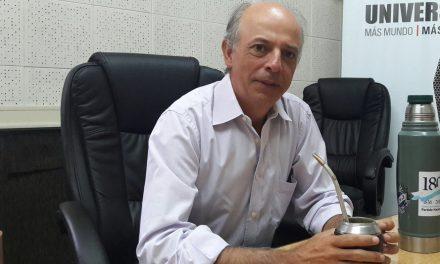 """Javier García: """"El dirigente político que te diga que no mira encuestas, miente"""""""