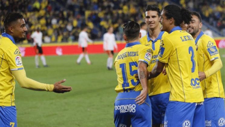 Gran gol de Mauricio Lemos en Las Palmas