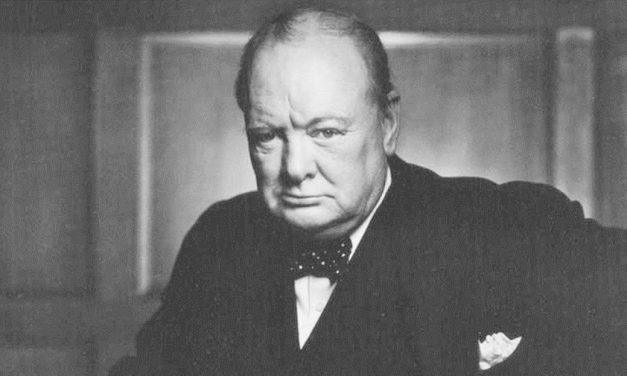 Esto pensaba Winston Churchill sobre la vida extraterrestre