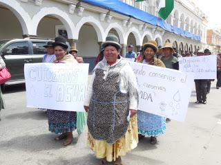 Multitudinarias marchas en Bolivia en el Día Mundial del Agua