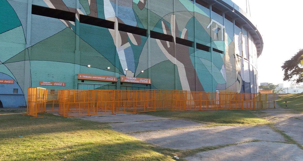 Policía ingresará al Estadio Centenario en el clásico