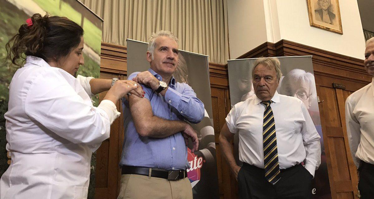 Peluffo pidió a los médicos que recomienden la vacuna contra la gripe