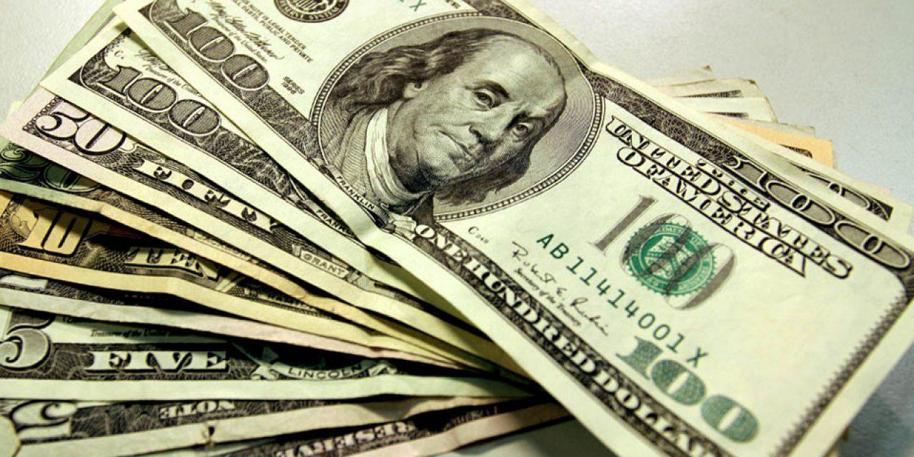 Tras las elecciones primarias, en Argentina aumentó el dólar un 30%