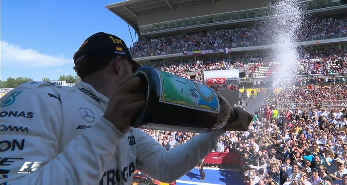 En España enorme batalla entre Hamilton y Vettel que ganó el británico