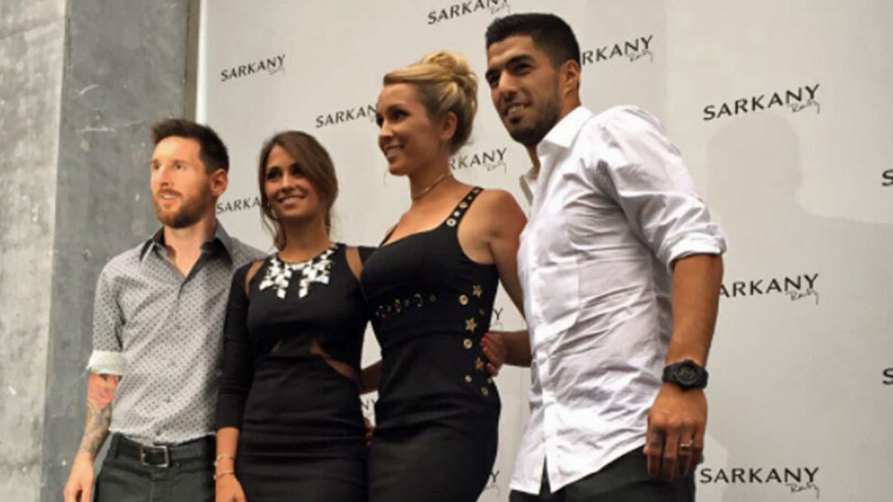 Suarez, Messi, Sofía, Antonella y Sarkany