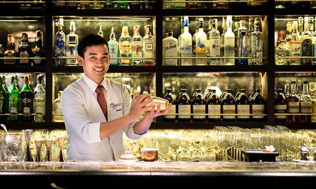 Pedetti no entendió que el VAR de la FIFA no es un bar de bebidas!