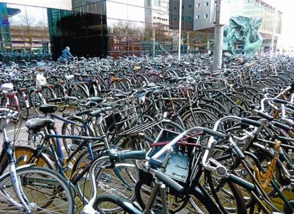 Buen lunes!…con CAFÉ EXPRESS y el poder de las bicicletas!!