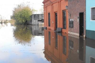 UTE exonerará el pago de la facturas a las familias evacuadas por las inundaciones