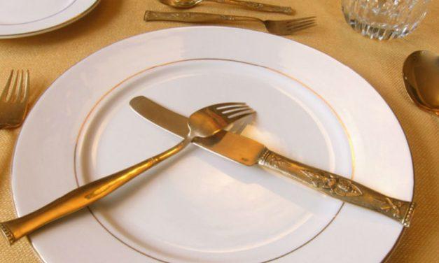 Los buenos modales en la mesa en versión de Jean Claude de Ramboullet