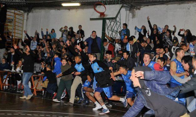 Atenas campeón de El Metro