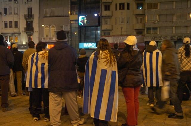 Uruguay en la Explanada provoca desvíos de ómnibus