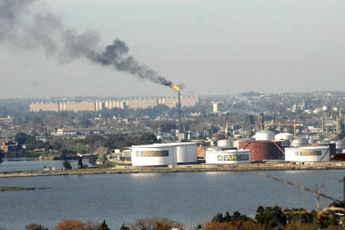 Ancap con U$S 69 millones de dólares de margen por la refinación de petróleo en La Teja