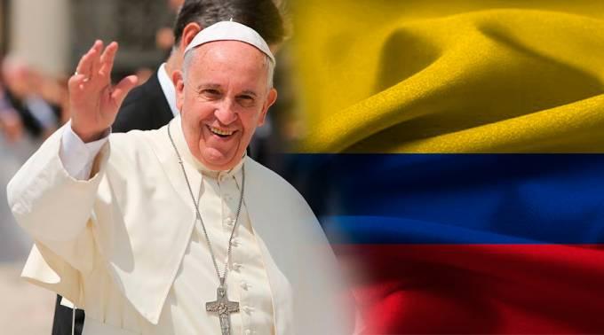 """Papa Francisco cerró visita a Colombia condenando la """"lacra"""" del narcotráfico"""