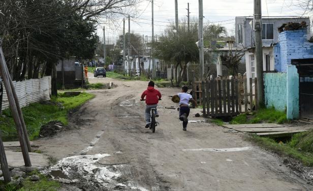 Uruguay: país pionero en atender la situación de calle infantil