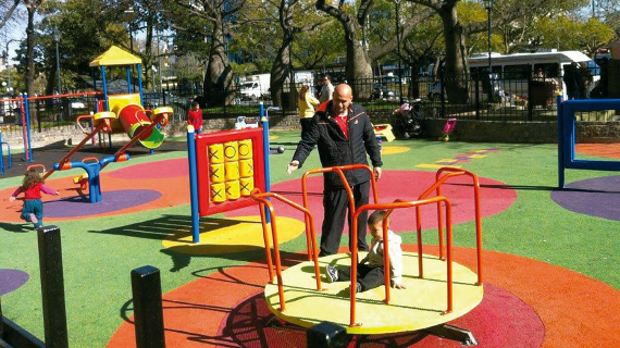 Inauguran Plaza Portugal con juegos inclusivos y tarea de estudiantes de Arquitectura
