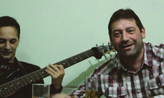 """El Mago"" O´Neill canta cumbia con La Octava"