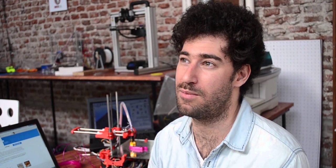 El joven uruguayo destacado como innovador por sus impresoras 3D