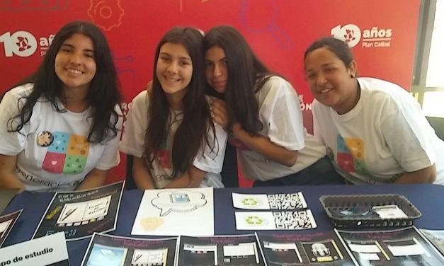 Escolares, jóvenes y profesores premiados por su solidaridad
