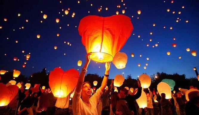 """Bomberos desestimulan uso de """"globos de los deseos"""""""
