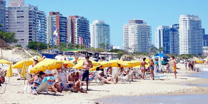 Aumento de argentinos se debe a visitas familiares, según jerarca de Cámara de Turismo
