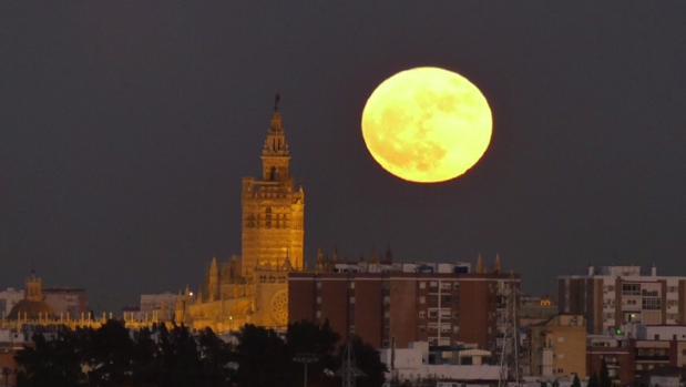 Pasó de todo el fin de semana: ¿será culpa de la superluna?