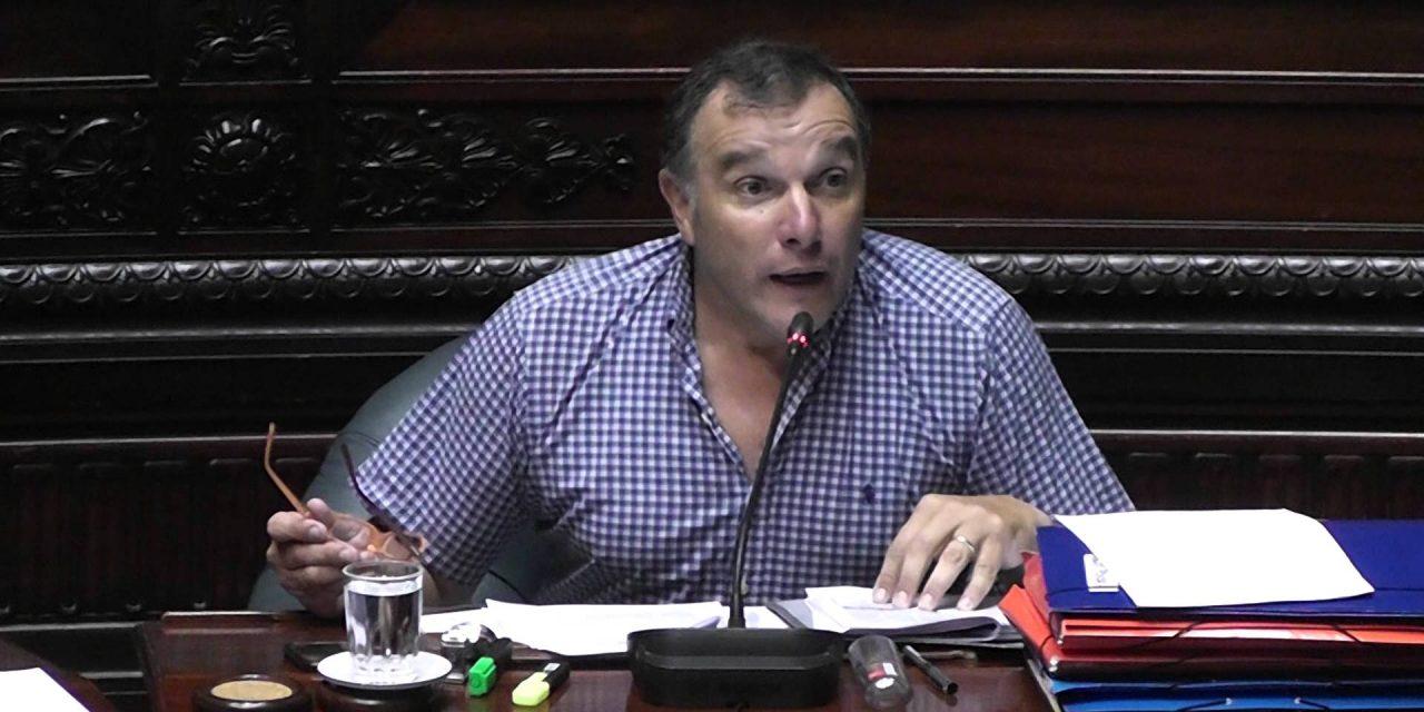 """Umpiérrez sobre transferencias de OPP: """"Los gobiernos del FA se quedaron con más de 2.000 millones de dólares"""""""