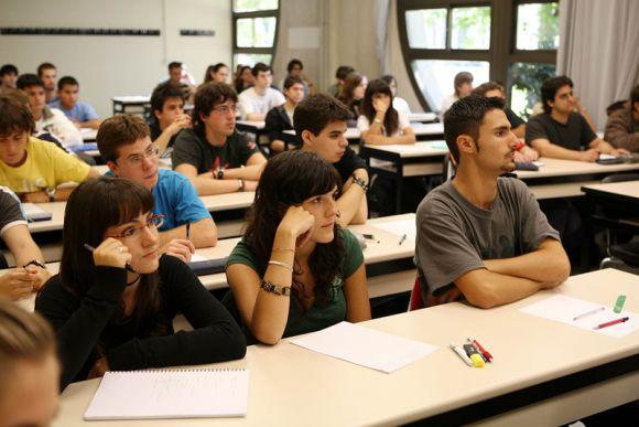 Intendencia de Maldonado invertirá un millón de dólares en becas para estudiantes