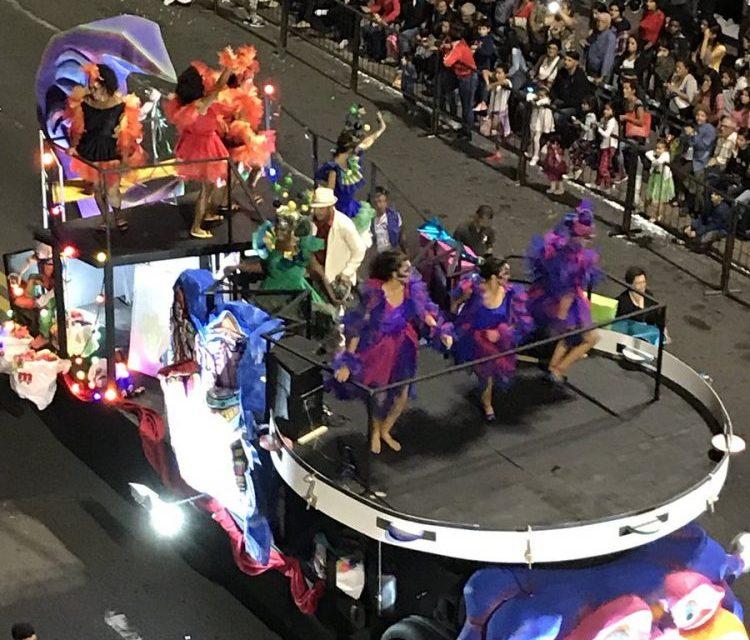 El desfile inaugural del Carnaval con los ojos de Universal (#fotos y videos)