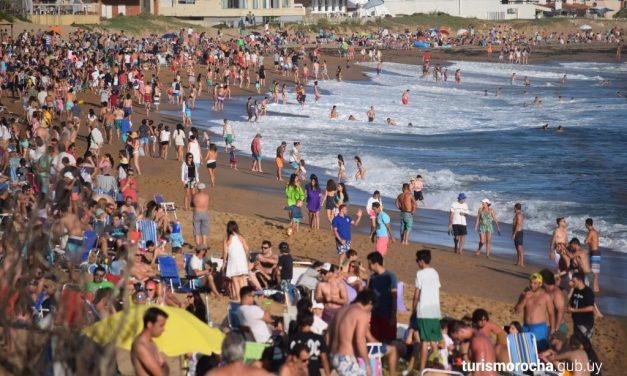 Controversia sobre la temporada turística en Rocha