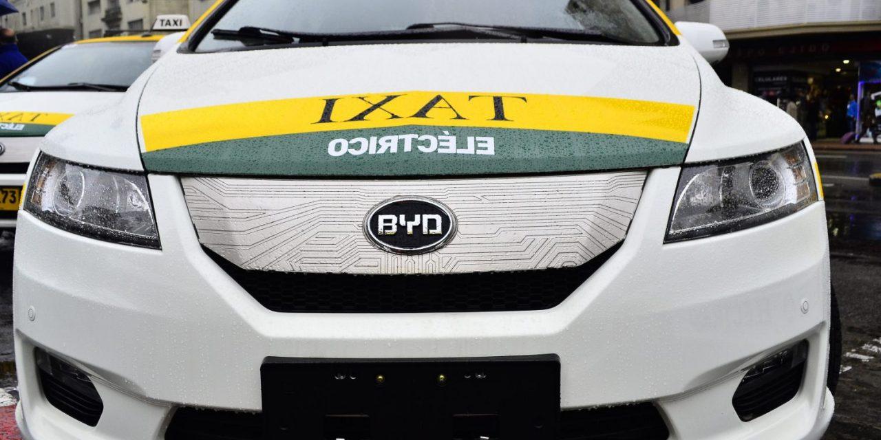 Patronal del taxi está en contra con la entrega nuevas chapas