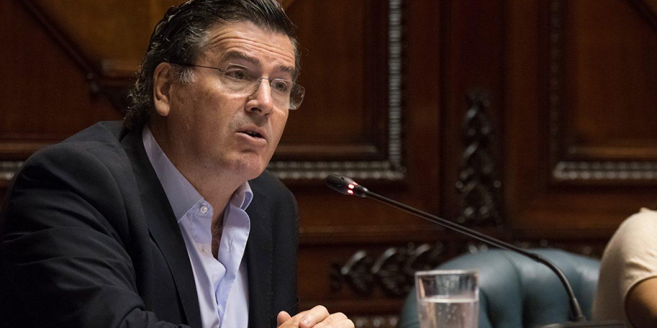 Bordaberry pide que se cambie la cónsul uruguaya en Argentina