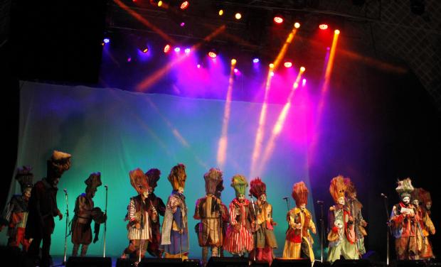 Última etapa del Concurso Oficial de carnaval: la columna de Fernando Tetes