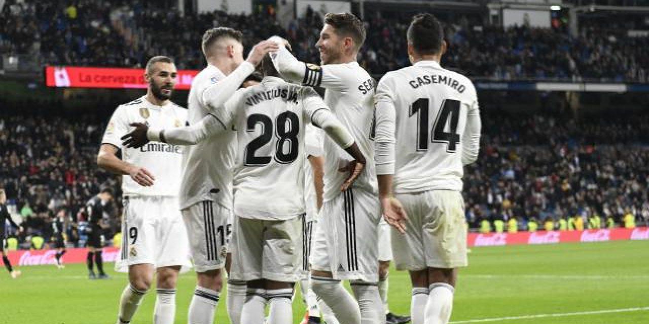 Real Madrid puso un pie en cuartos de final