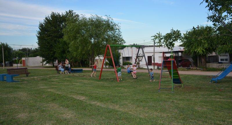 Canelones: inauguran nuevo parque infantil