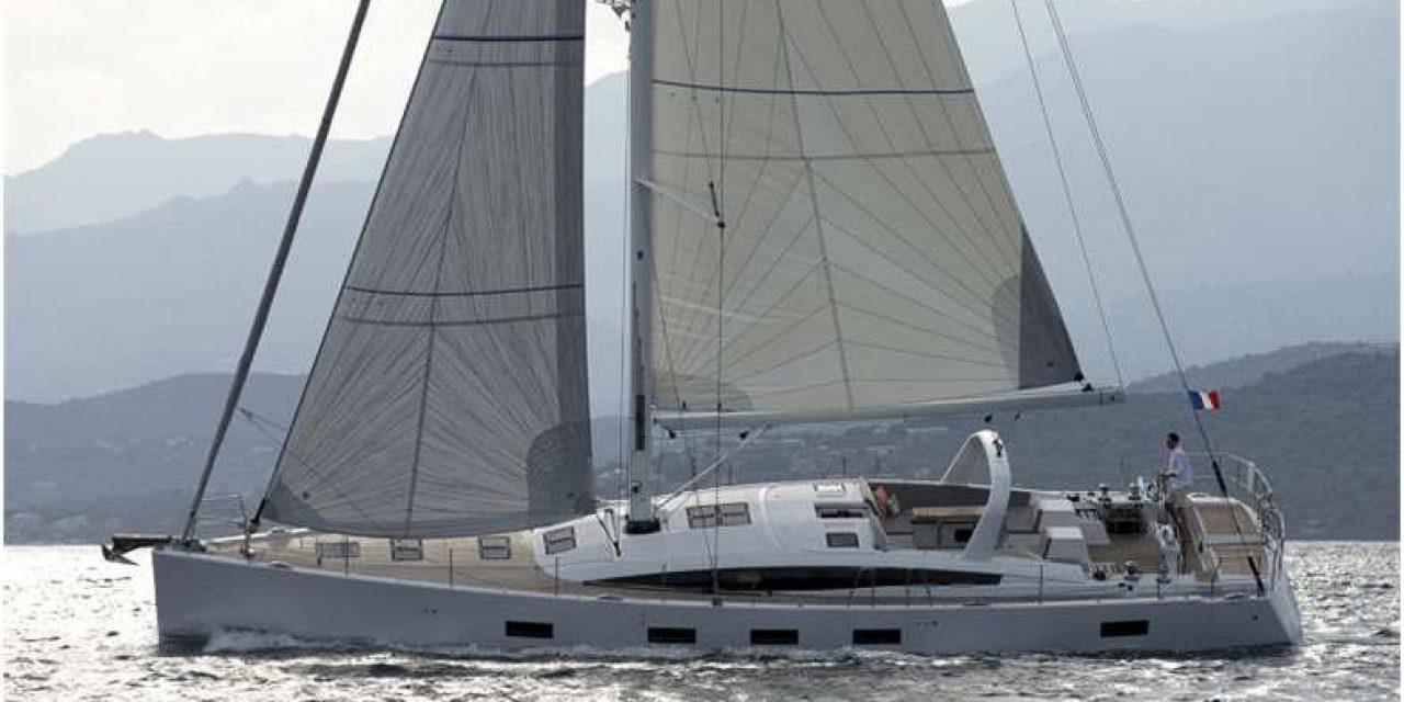Dos desaparecidos luego del naufragio de un velero francés
