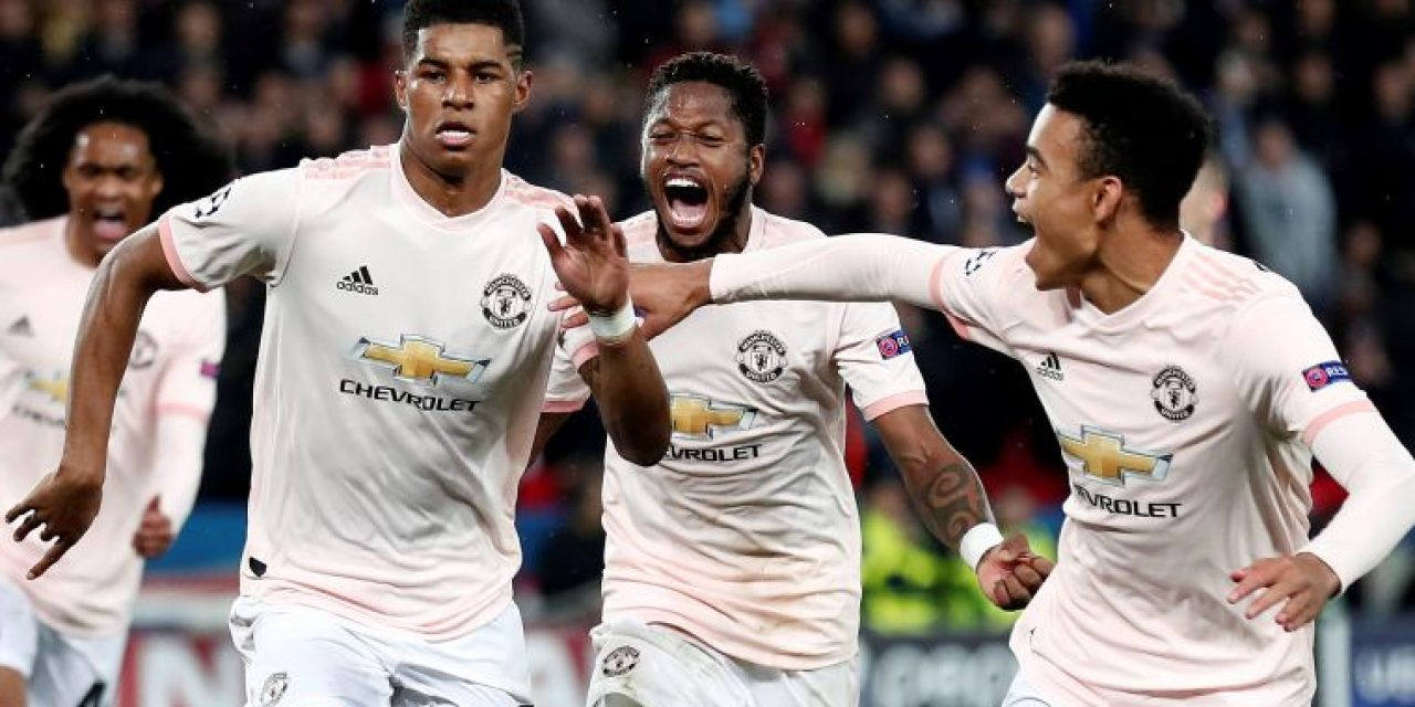Manchester United y Porto remontaron en sus llaves